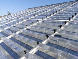 Spagna: nuova tecnologia ottica per serre combina fotovoltaico e