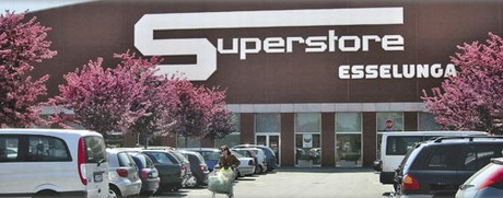 Esselunga la prima catena di supermercati fondata in italia for Supermercati esselunga in italia