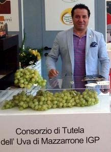 Giovanni raniolo consorzio uva da tavola igp di - Uva da tavola di mazzarrone ...